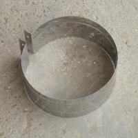 Купите хомут обжимной 430 мм из нержавеющей стали 0,5 мм для крепежа дымохода